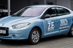 Cati romani au cumparat masini electrice in 2014