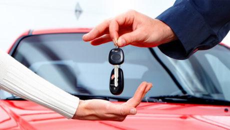 Soferii pagubiti in accidente auto pot folosi masini inchiriate cu costuri decontate de RCA-ul soferului vinovat