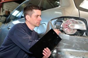 Accident cu masina neasigurata? Afla cum recuperezi pagubele!