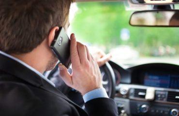 Pedepse dure pentru soferi! Suspendarea permisului auto pentru cei care vorbesc la telefon!