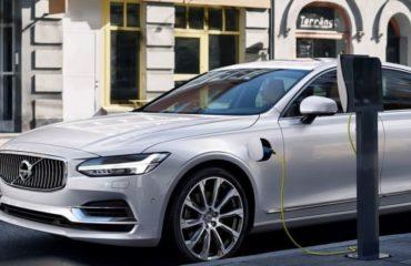 Proiect de lege: Autoritățile publice, obligate ca 10% dintre autoturismele pe care le cumpără să fie electrice.