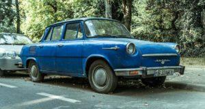 Masinile care nu sunt radiate trebuie să aibă asigurarea RCA plătită, indiferent dacă proprietarii nu vor să o mai conducă niciodată!