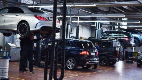 Numărul record de service-uri auto care funcţionează ilegal în România!