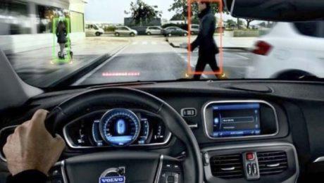 Comisia Europeana obligă producătorii auto să echipeze mașinile cu noi sisteme de siguranță.