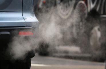 Comisia Europeana anunta interzicerea vanzarilor de masini pe benzina si motorina